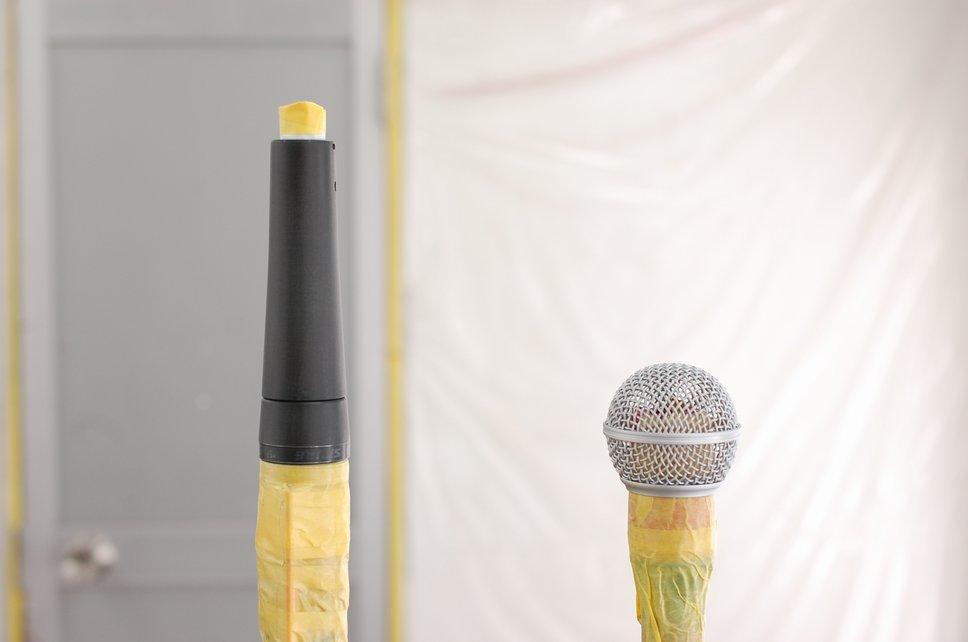 mic127