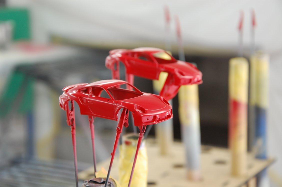 ポルシェミニカーの塗装